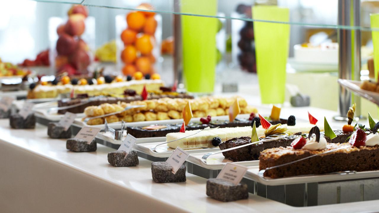 15 Of The Best Buffets In Dubai
