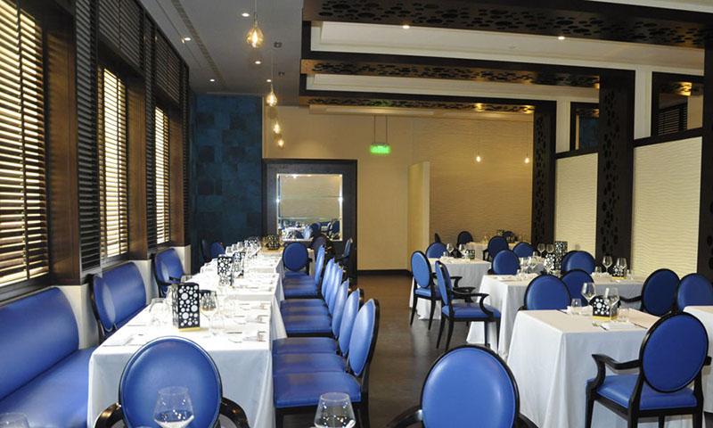 la-pergola-gulf-hotel-adliya-restaurant-1