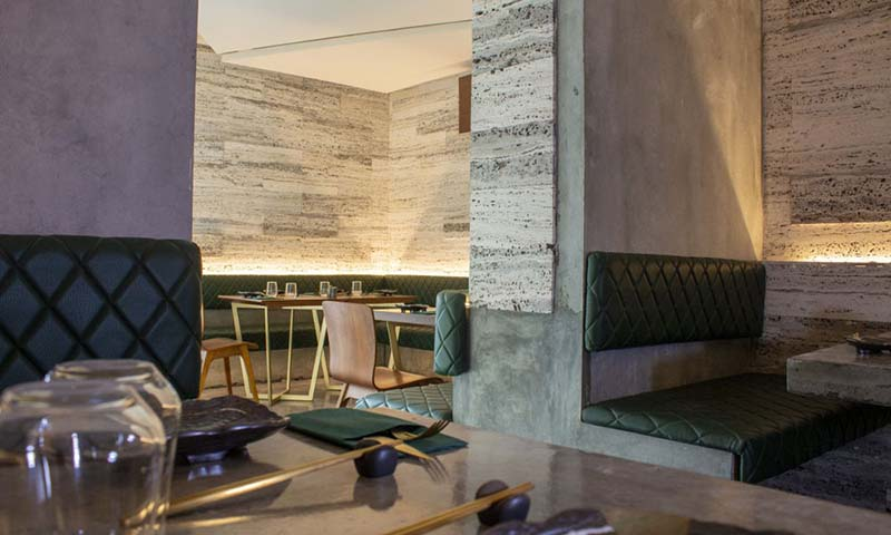 akaya-bar-and-bistro-block-338-manama-restaurant-8