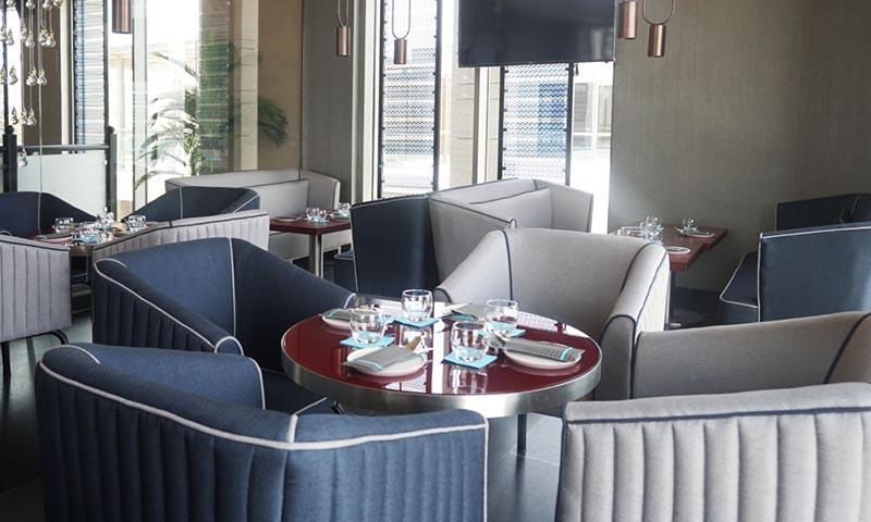 silver-beach-cafe-al-seef-st-restaurant-1