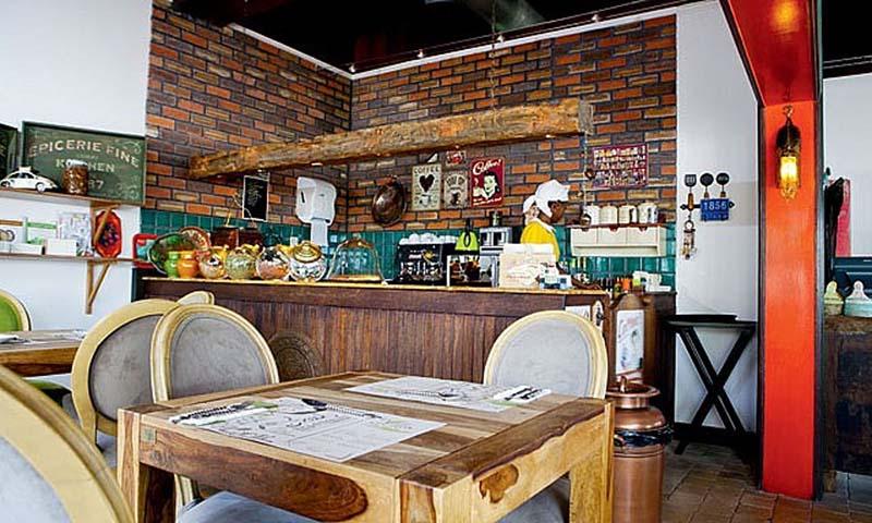 villa-mamas-saar-restaurant-1