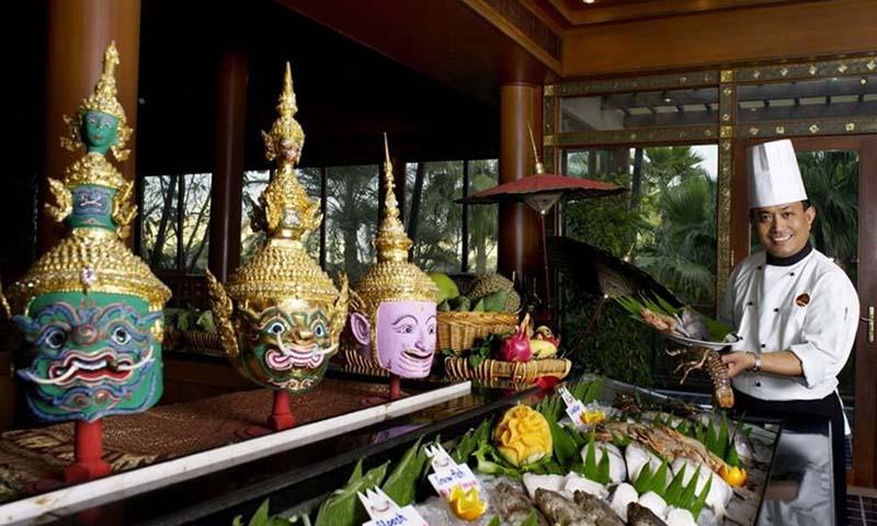 royal-thai-gulf-hotel-adliya-restaurant-4
