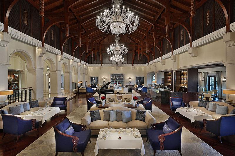 The-Ritz-Carlton--Dubai--JBR---Lobby-Lounge