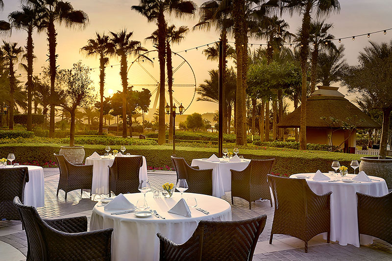 The-Ritz-Carlton--Dubai--JBR---Splendido-Piazza-Sunset
