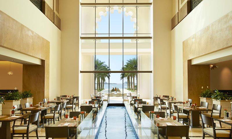 flow-kitchen-palm-jumeirah-restaurant-1--1-