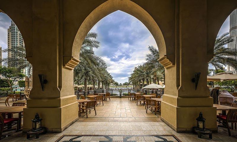 ewaan-palace-hotel-downtown-restaurant-2