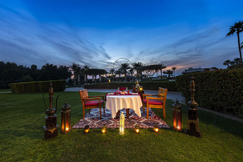 The-Ritz-Carlton--Dubai---Amaseena---Valentines-Table-Set-Up-1-v2