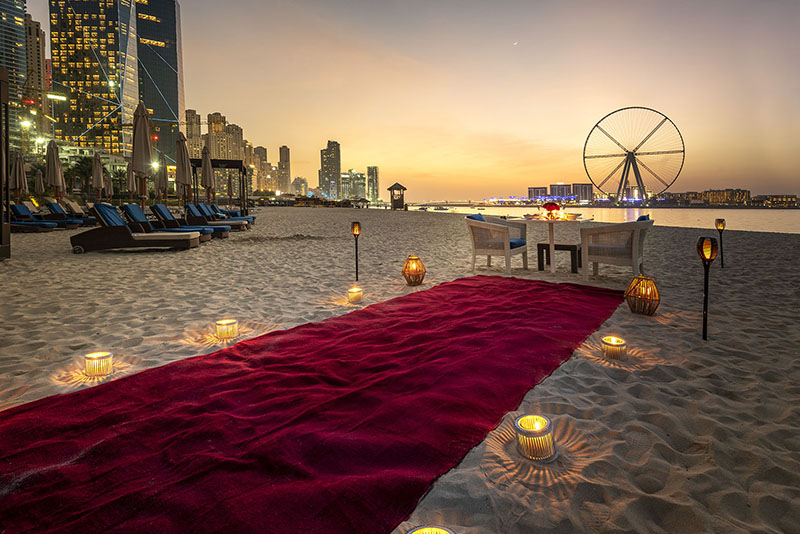 The-Ritz-Carlton--Dubai---Palm-Grill---Valentines-Set-Up-5