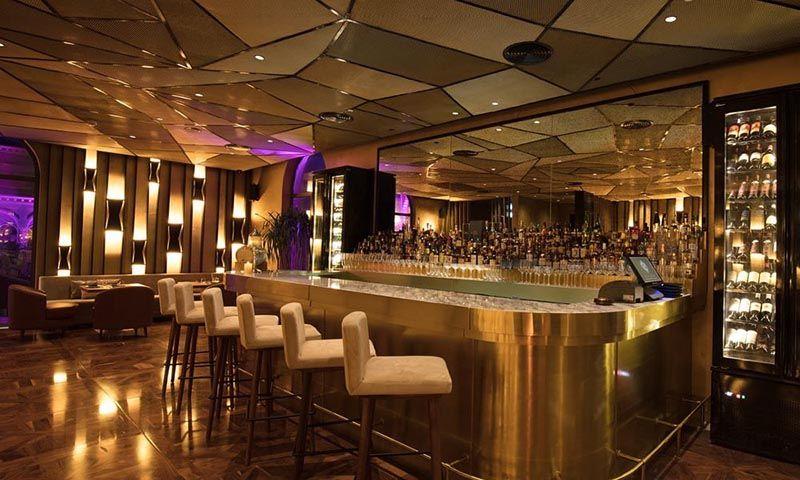 play-jumeirah-royal-saray-restaurant-1